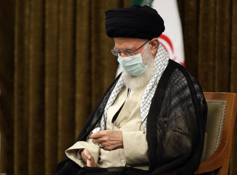 دیدار روحانی و هیات دولت با رهبر انقلاب