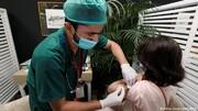 پاکستان مسافرت هوایی افراد واکسینهنشده را ممنوع میکند