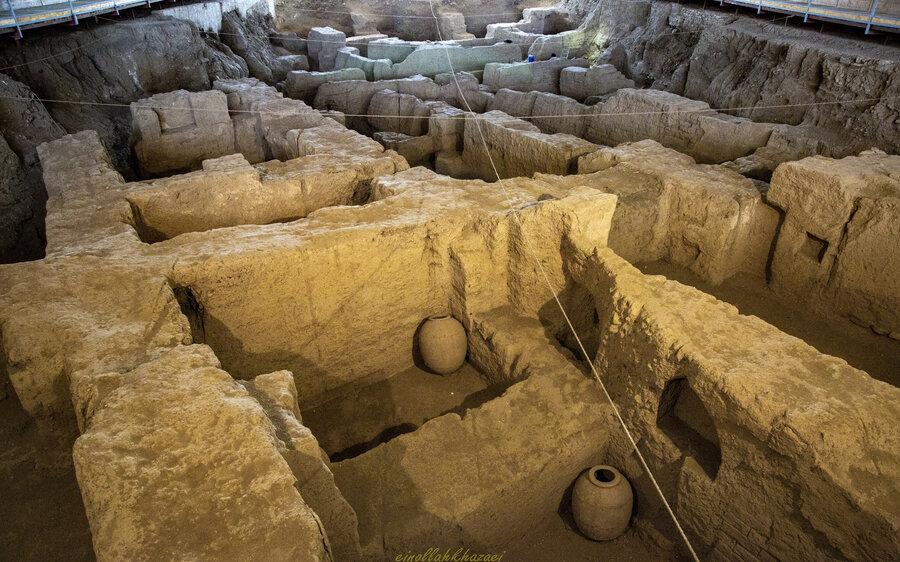 تپه تاریخی هگمتانه در همدان