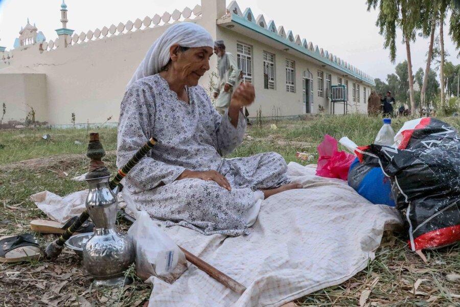 شرايط ابتدايي زندگي مردم جنگزده افغان