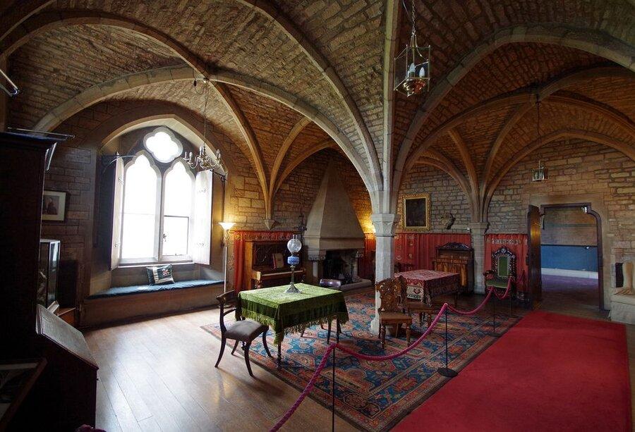 تصاویر | عمارت اعیانی شاعر پر رمز و راز انگلیسی | خانه اشباح لرد بایرون در نیوستد ابی
