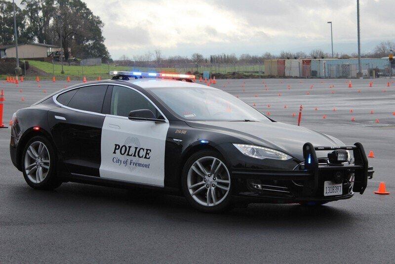 تصاویر | سریعترین خودروهای پلیس در جهان را بشناسید