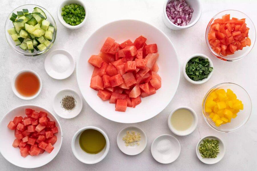 طرز تهیه سوپ هندوانه | عصرانهای متفاوت، خنک و خوشمزه