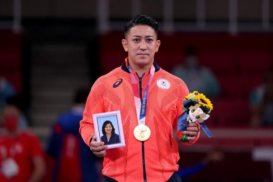 عکس | تلخترین طلای المپیک در توکیو | غم به یاد ماندنی روی سکو