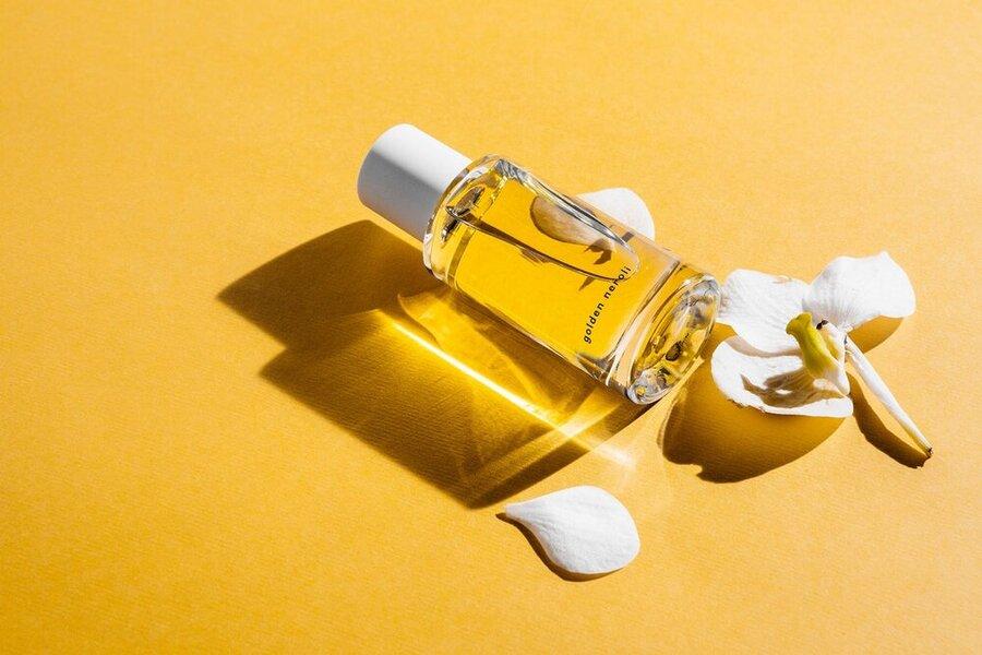 روشی جالب برای تشخیص بوی عطر بدون بوییدن آن