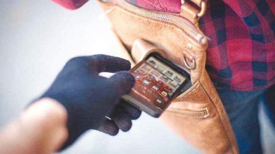 ویدئو   اعتراف سارقان موبایل: ماهانه ۳۰ تا ۶۰ میلیون تومان درآمد داریم