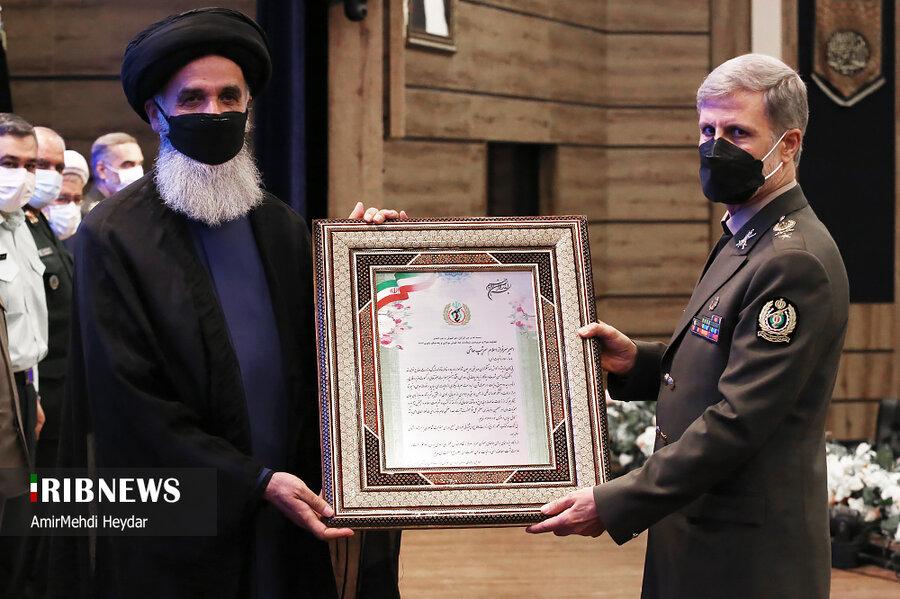 عکس | دو تصویر از فرماندهان سپاه و ارتش در مراسم معارفه وزیر دفاع