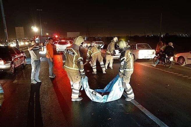 سهم بالای معتادان در وقوع تصادفات بزرگراهی | تعداد زیادی از کارتنخوابها و معتادان وسط بزرگراههای جنوب تهران میخوابند