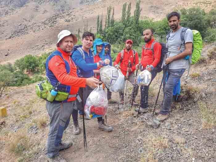 ما عاشق طبیعت هستیم| گفتوگو با اعضای تیم کوهنوردی «تاج گلابدره»