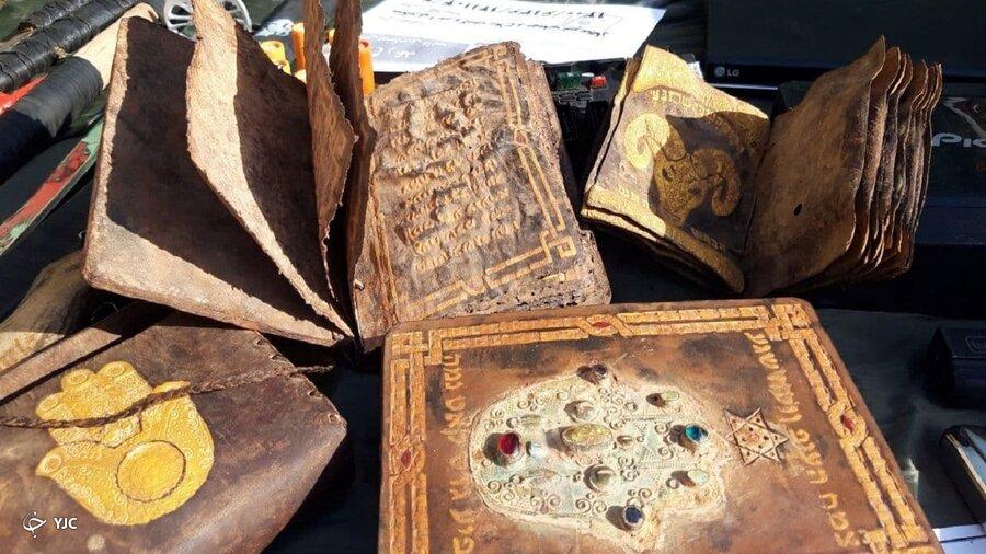 کلاهبرداری شیادان از یکدیگر ناکام ماند   نسخههای خطی ۱۶۰۰ ساله جعلی از آب درآمدند