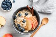 طرز تهیه اوتمیل | صبحانهای خوشمزه و رژیمی با جو دو سر