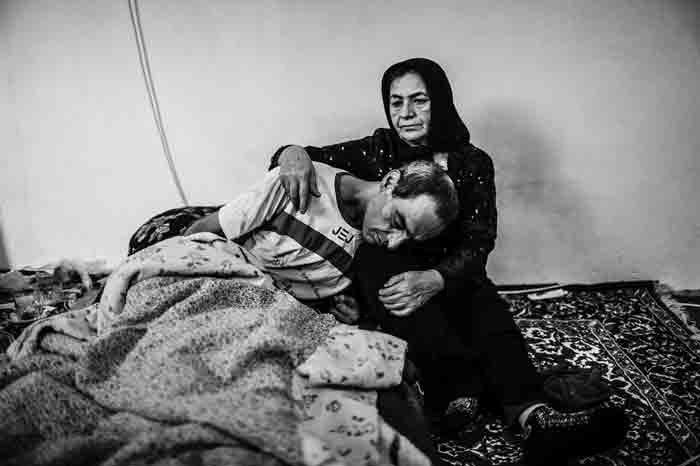 سخت، مثل زندگی مادران انتظار | گفتوگو با فاطمه بهبودی، عکاس