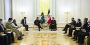 رئیسی در دیدار نخست وزیر پاکستان: ظرفیتهای ارزشمندی برای گسترش مناسبات بین تهران و اسلام آباد وجود دارد
