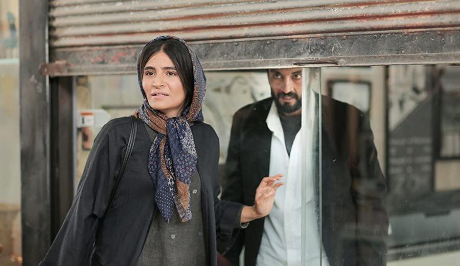 امير جديدي در نمايي از فيلم سينمايي قهرمان
