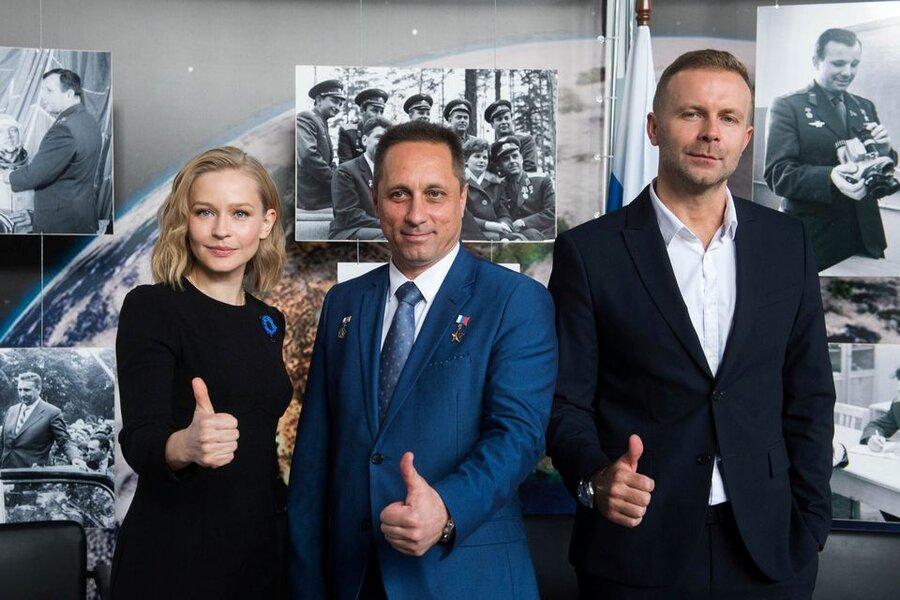 فیلم| گروه روسی آماده ساختن فیلم سینمایی در ایستگاه فضایی میشوند