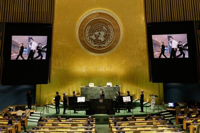 مشهورترین گروه موسیقی پاپ جهان در سازمان ملل چه میکند؟   یک میلیون تماشاگر آنلاین برای سخنرانی BTS