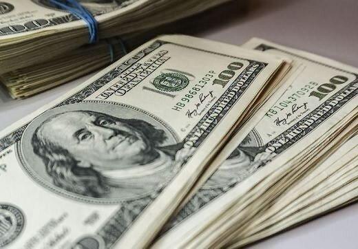ثبات قیمت دلار و یورو در صرافیهای بانکی؛ ۱۲ مهر ۱۴۰۰