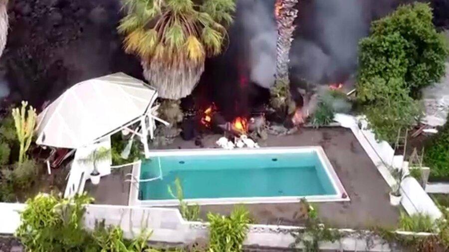 گدازههای آتشفشانی در استخر و خانههای جزایر قناری