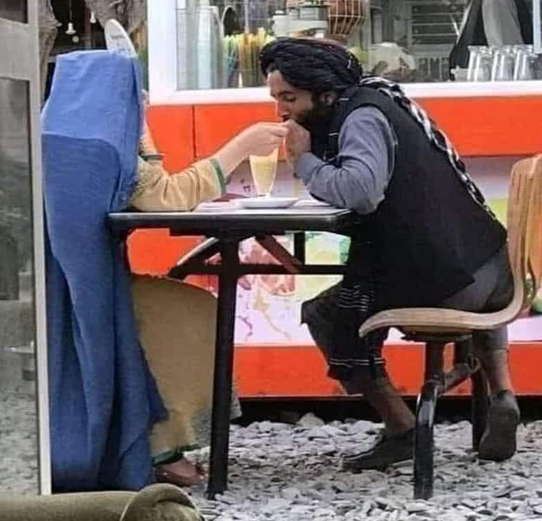 قرار یک جنگجوی طالبان