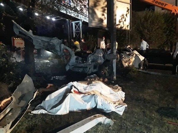 تصاویر  مرگ سرنشینان BMW در میان شعلههای آتش در بزرگراه مدرس
