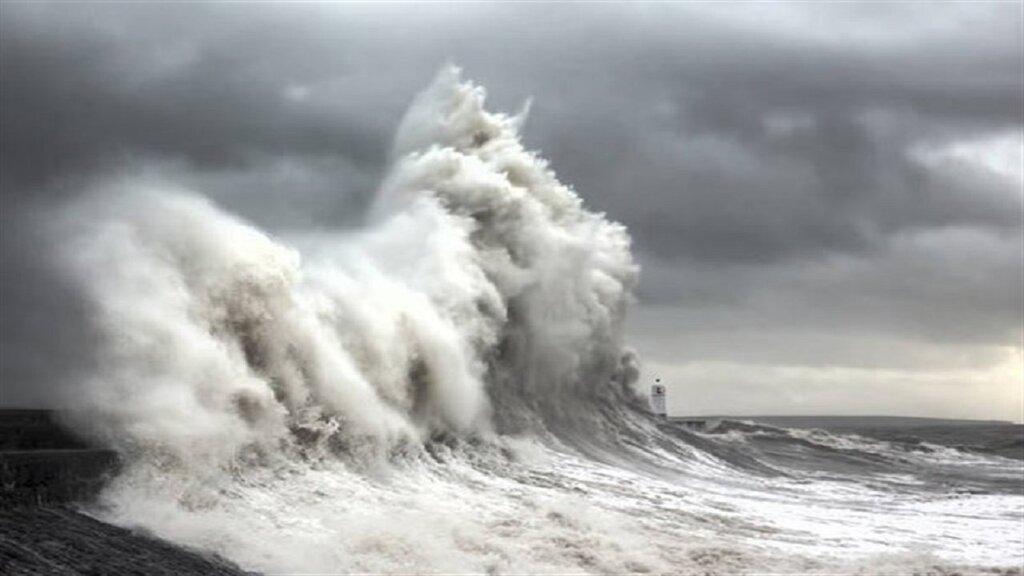 توفان در سواحل
