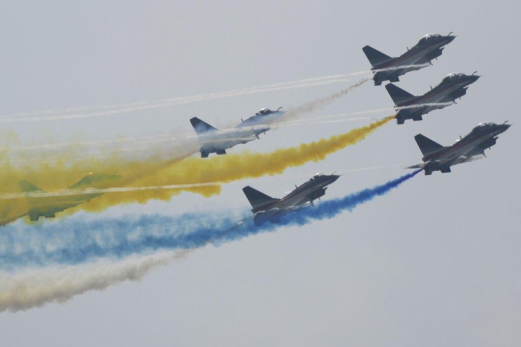 نمایش هوایی جنگندهها