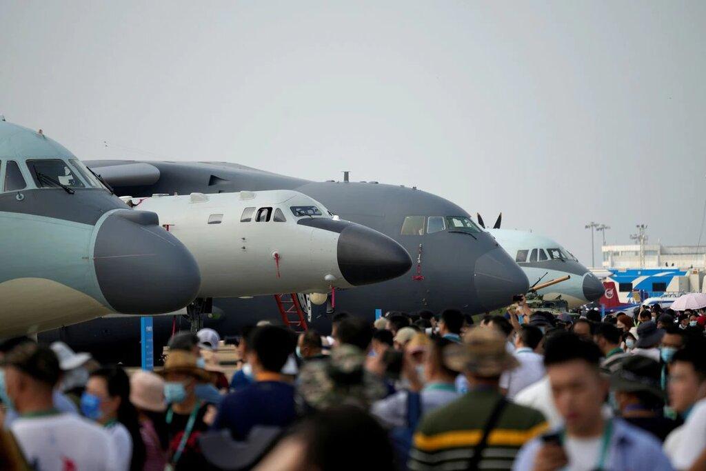 استقبال مردم از نمایشگاه هوایی چین
