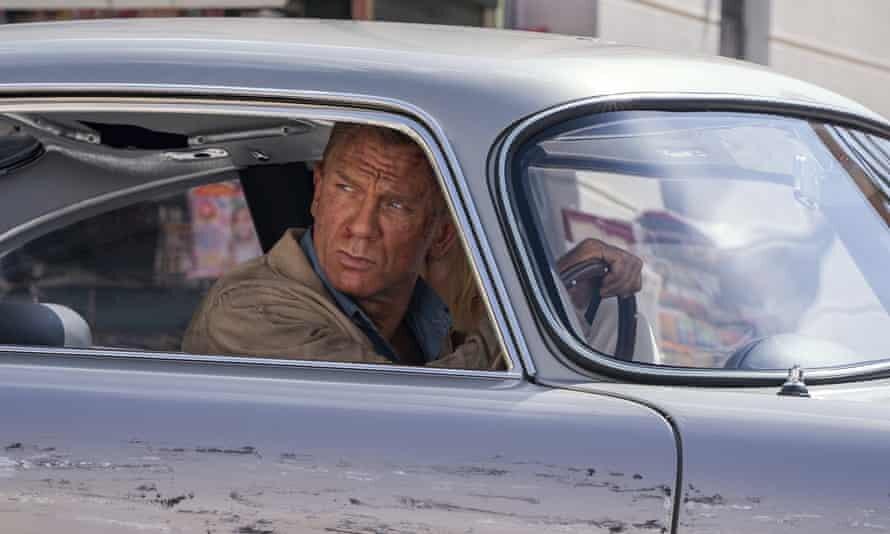 یک جیمز باند پنج ستاره در آخرین حضور دنیل کریگ   نخستین واکنش منتقدان به زمانی برای مردن نیست