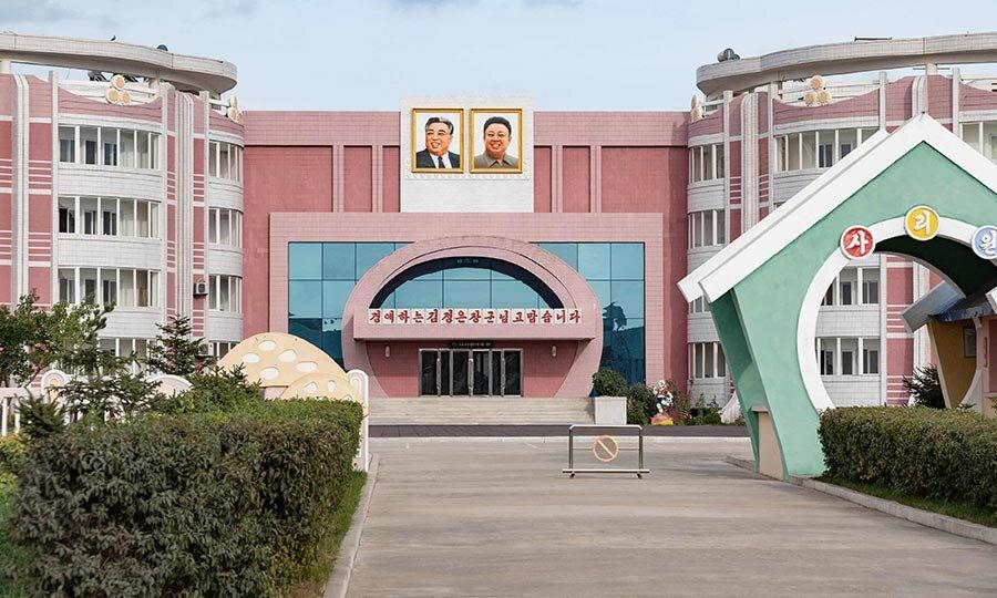 تصاویر | زندگی درون مرزهای کره شمالی به روایت کتاب منتشرنشده عکاس هنگکنگی
