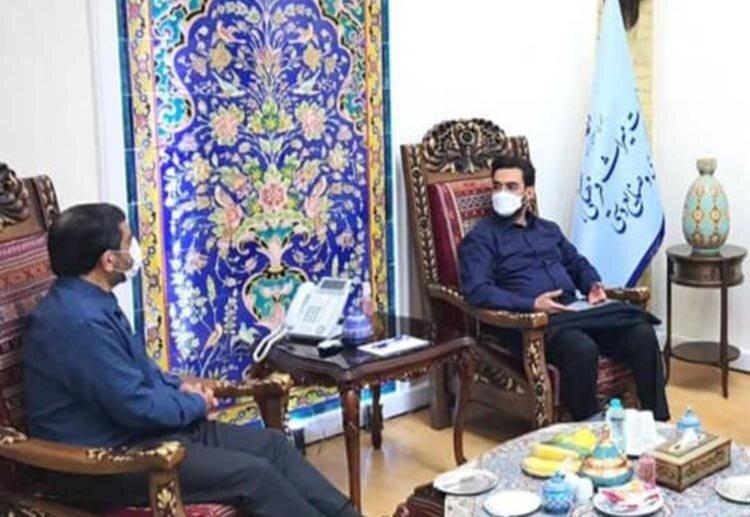 عکس | صبحانه ضرغامی با وزیر جوان سابق!
