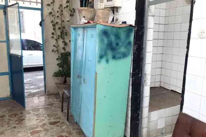 حمام ۹۰ ساله بسـتان همچنان پابرجاست
