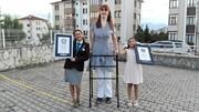 تصاویر | بلندقدترین زن دنیا اهل ترکیه و ۲۴ ساله است | دیدن زمین از فاصله ۲۱۵.۱۶ سانتیمتری!