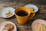چگونه لکه قهوه و چای روی لیوان را از بین ببریم؟