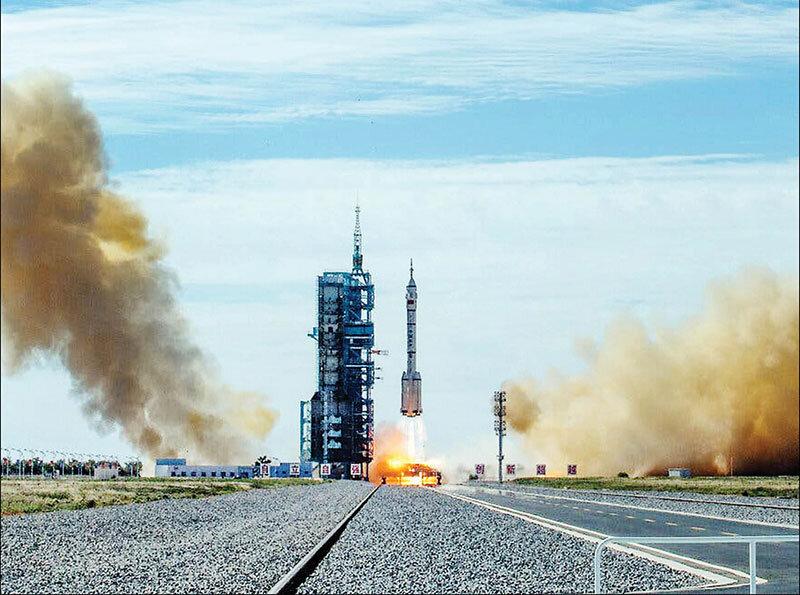 زورآزمایی چین و آمریکا در فضا با آزمایش موشک هایپرسونیک جدید