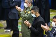 تصاویر | تقدیر از محمدرضا گرایی در نماز جمعه تهران
