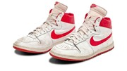 عکس | حراج ۱/۵ میلیون دلاری کفش مایکل جردن
