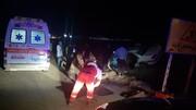 تصادف مرگبار در محور گرمسار به تهران | بیرون کشیدن ۳ فوتی که در خودرو گیر کرده بودند